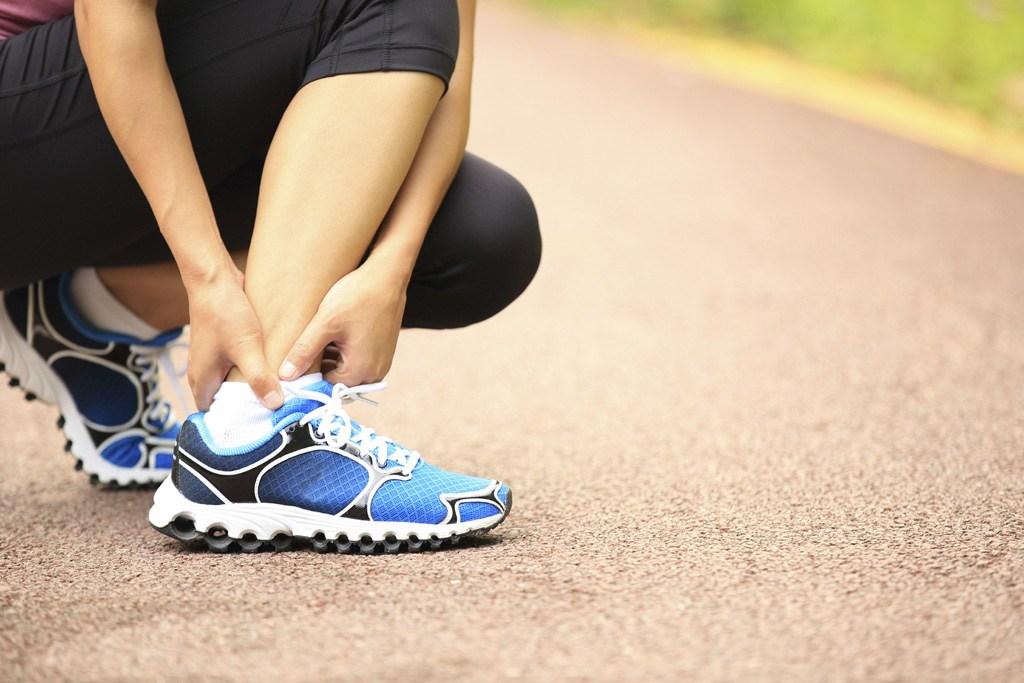 Fratura por estresse é uma lesão esportiva bem comum decorrente da fraqueza e da fadiga muscular